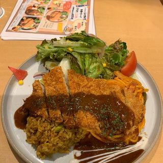 スペシャルトルコライス(長崎トルコライス食堂)