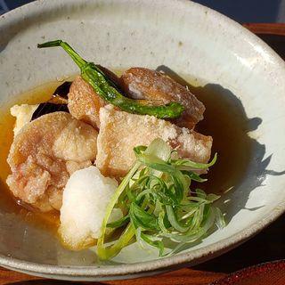 奥州いわい鶏の竜田あげとエビ芋の天ぷら