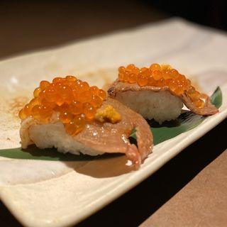 うにクラ炙り寿司