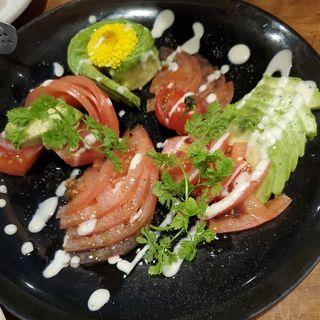 トマトとアボカドのサラダ(分福)