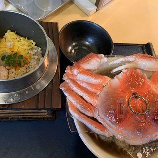 蟹ラーメンと蟹釜飯のセット