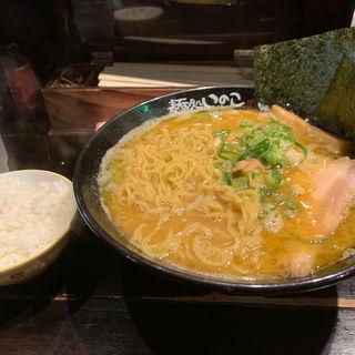 しょうゆラーメン(いのこ 赤塚店)