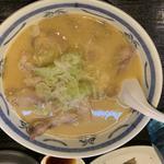 特濃 味鶏チャーシュー麺