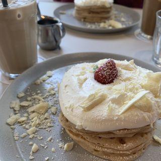 ホワイトショコラのパンケーキ