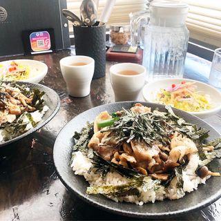 日出蔵丼(珈琲日出蔵 二番館 (ひでくら))