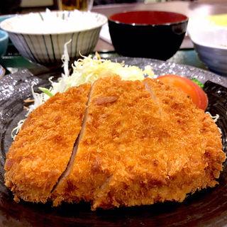 とんかつ(三元豚)定食