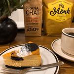Homemade Cheesecake(オールシーズンズ コーヒー (4/4 SEASONS COFFEE))