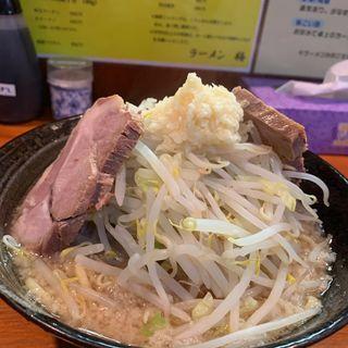 ラーメン普通ニンニク乗せ(ラーメン梅 梅島店 )