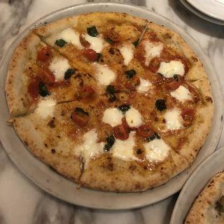 マルゲリータDOC(800ディグリーズ ナポリタン ピッツェリア (800DEGREES neapolitan pizzeria))