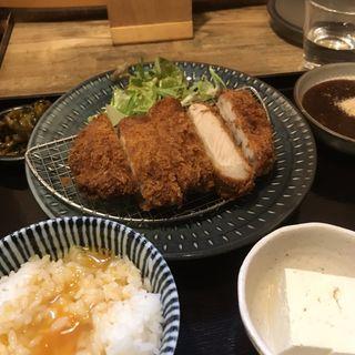 三元豚ロースカツ(日の出食堂)