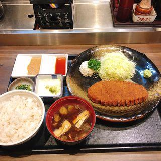 牛カツ麦飯とろろセット 130g(牛かつ もと村 歌舞伎町店 )