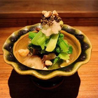 海老と原木きのこ、青菜のお浸し(酒井商会)