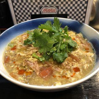 牡蠣出汁と比内地鶏スープのサンラータン麺(ロックンビリーS1 (スーパーワン))