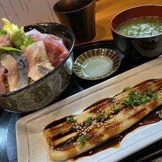炙り穴子1本のせ海鮮丼(まえ田 )