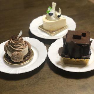 ケーキ(ミルフィーユ (Mille Feuille))