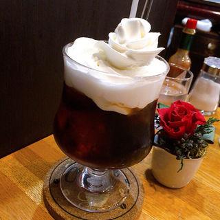 ウィンナーコーヒー(珈琲の店 Paris COFFEE)