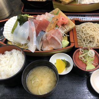 刺し身舟盛り定食(カネセイ (KANESEI))