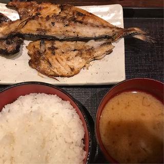 あじの開き定食(白銀屋 (スミビヤキセンモンショクドコロシロガネヤ))