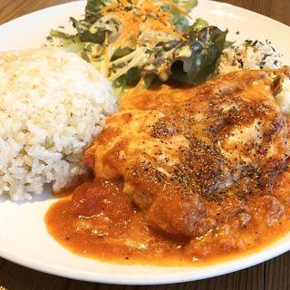 トマトとチキン(カフェ ジンタ (Cafe Jinta))