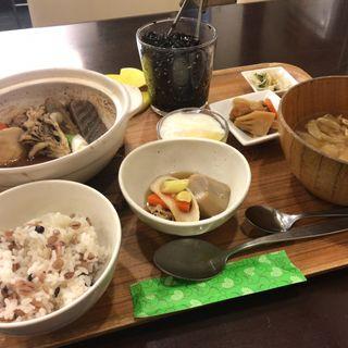 里芋の芋煮鍋セット(ハーフ盛)