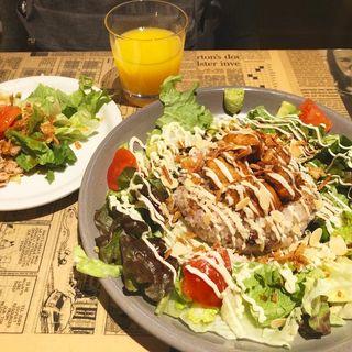 照り焼きチキンオーバーライス(タブレスカフェ (TABLES CAFE))