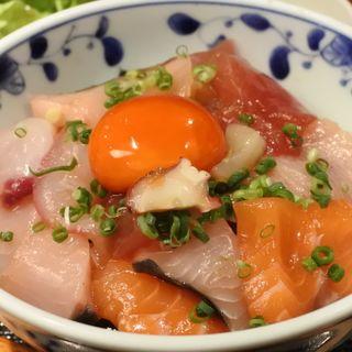 海鮮丼(めしの助 )