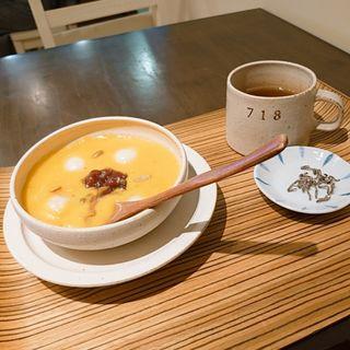 カボチャおしるこ(シャワー パーティ カフェ (Shower Party Cafe))