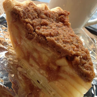 クラムアップルパイ(ハドソンマーケットベーカーズ (Hudson Market Bakers))