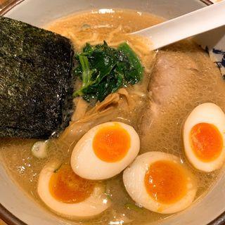 味玉ラーメン(横濱家 市ヶ尾店)