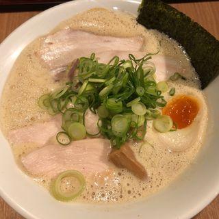 鶏白湯魚介濃縮らーめん並 チャーシュー増(麺・ヒキュウ)
