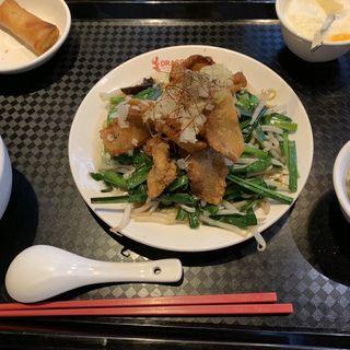 カリカリ豚トロ野菜炒めランチ(DRAGON酒家 )