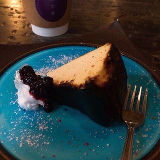 バスクチーズケーキ(芥川珈琲 )