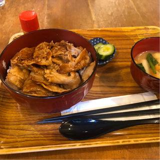 生姜焼き丼(カリーニ )