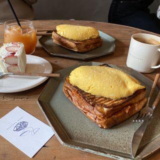 オムトースト(cafe dacotan)