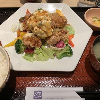 ポテマヨ竜田揚げサラダ定食(唐揚げ6個入り)