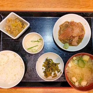 胡麻ブリ定食(おきよ食堂)