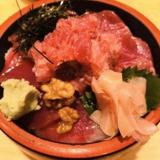 鉄火丼(大)(大門 武鮨 (だいもんたけずし))