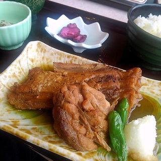 ハーモニカ煮定食