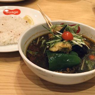 野菜たっぷりベジタブルカレー(イカ墨スープ)(スアゲ 渋谷店)
