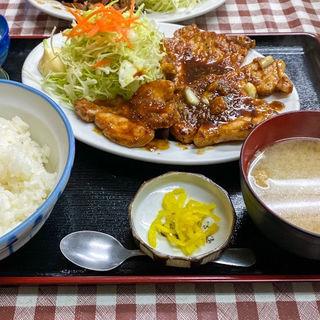 にんにくロース焼肉定食(米倉食堂 )