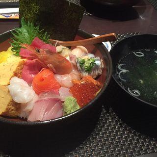 海鮮丼(若鮨 甲府駅前店 )