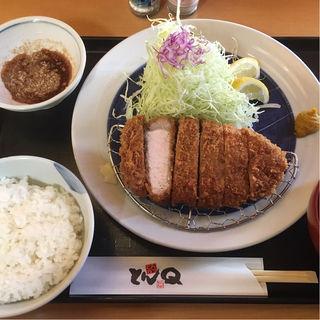 赤城豚厚切りロースかつ定食(とんQ つくば本店 (とんきゅう))