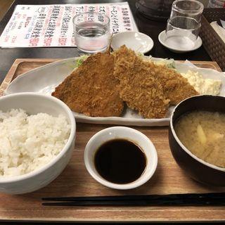 アジとにしんフライ定食(魚豊 人形町店)