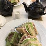 鴨とクリームチーズのサンドイッチ(サロン・ド・テ・プレジール )