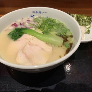 博多極上鶏白湯ソバ(博多鶏ソバ 華味鳥 )