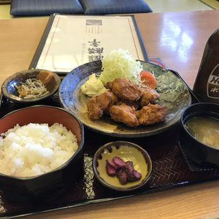 唐揚げ定食(麒麟亭 (よみうりランド丘の湯施設内) )