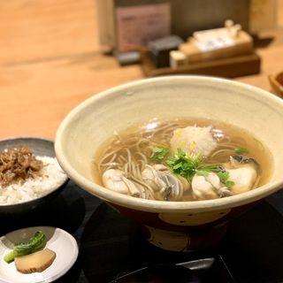 牡蠣と大根の蕎麦(鴨と醸し 鼓道)
