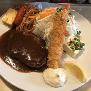 ハンバーグと海老フライ(キッチンR )