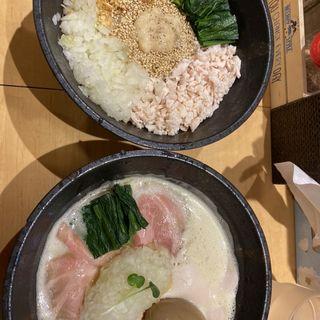 鷄白湯らーめん(醤油)(麺屋 時茂 大久保店)