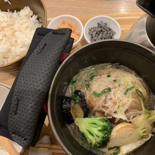 れんこんハンバーグのオニオンスープ仕立て(こめらく 横浜ポルタ店 )